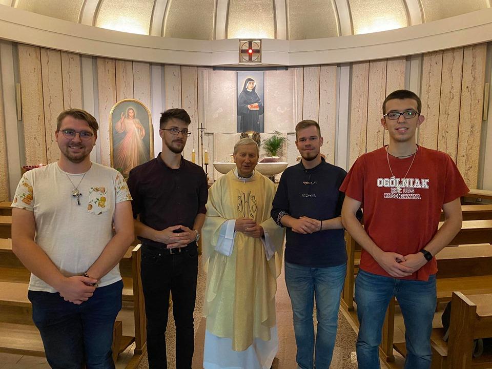 Z biskupem Janem Zającem